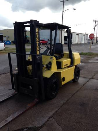 Hyster forklift 8,000 lbs diesel runs great - $7500 (Houston)