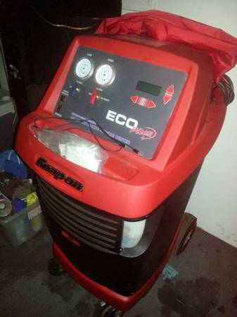 Snap On AC Recovery Charging Machine - $2200 (Tomball)