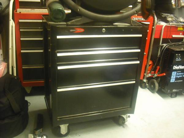 Sears craftsman tool box bottom with 4 draws quit glide - $125 (Sugar land )