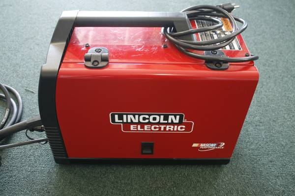LINCOLN ELECTRIC WELD PACK 140HD - $450 (CHAMPIONSSPRING)