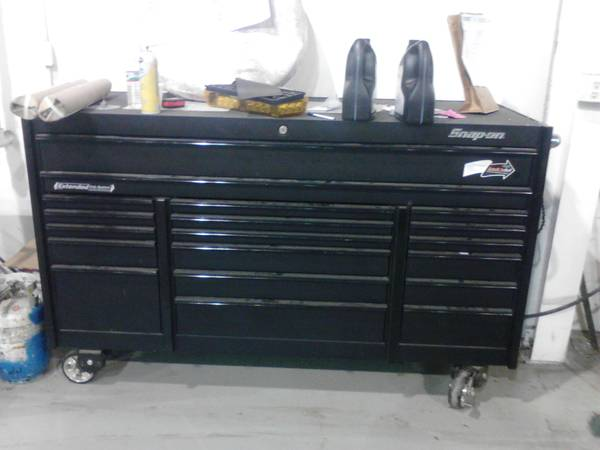 Snap On Tool Box KRL1033 - $3700 (45  Calvacade)