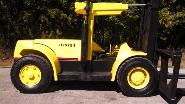 Hyster Forklift MUST SELL TODAY - $32500 (Equipment)