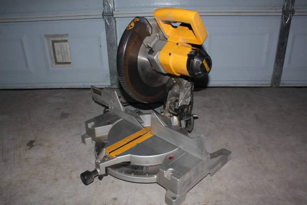 DeWalt DW705 12 Compound Miter Saw Double Insulated Type 7 - $200 (Katy)