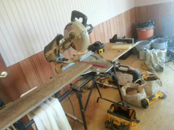 Delta Sidekick Compound Sliding Miter Saw - $200 (Manvel)