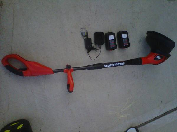 Black Decker Grass Hog 12 in. 18V Cordless Trimmer and Edger - $25 (Katy, TX)