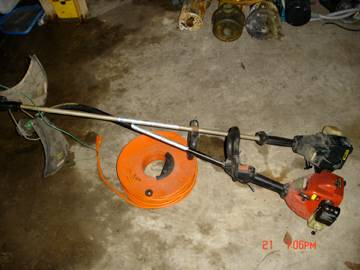 Two Craftsman 17 25cc Gas Trimmer Weedwacker  $60 for both - $60 (59Kirby)