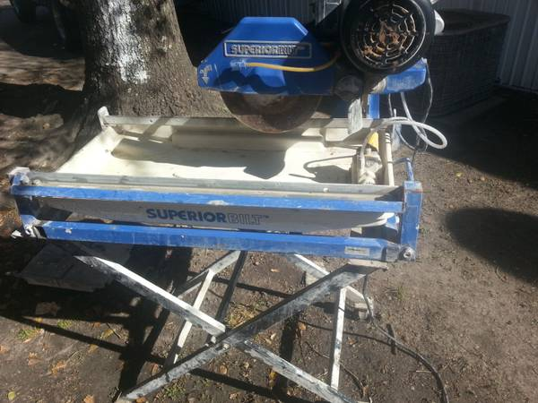 Wet Saw (Tile Saw) cerrucho de ceramica. - $300 (HoustonSurrounding)