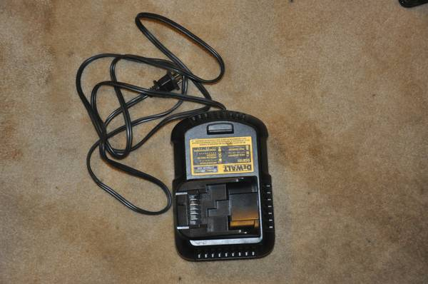 DeWalt 20 volt max, battery charger, NEW - $55 (North Houston)