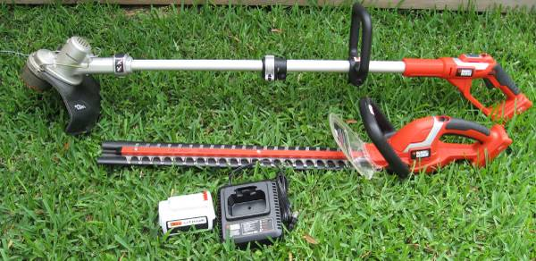 Black Decker Cordless 36V Hedge String Trimmer Edger Weed Wacker - $150 (77096 610 Beechnut)