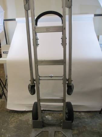 Uline Hand Truck Dolly - $60 (249Bammel N. Houston)