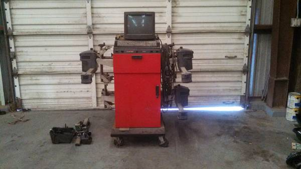 Hunter P411 Alignment Machine - MAKE OFFER - $700 (Kemah, TX)