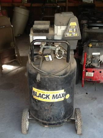 Coleman Black Max Direct Drive Air Compressor - $375 (Magnolia, TX)
