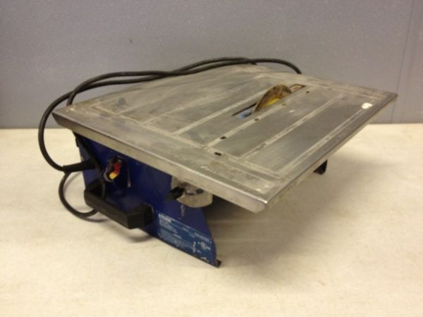 (TILE CUTTER) - $60 (NORTH HOUSTON)