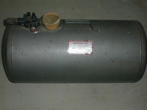 Compressed Air Tank - 7 Gallon Dayton - $30 (Dickinson)
