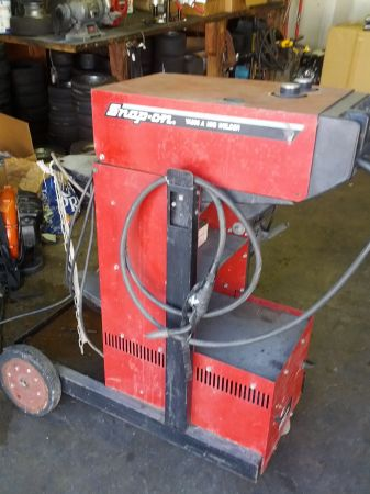 welder (must go by 5) - $200 (Fairbanks)
