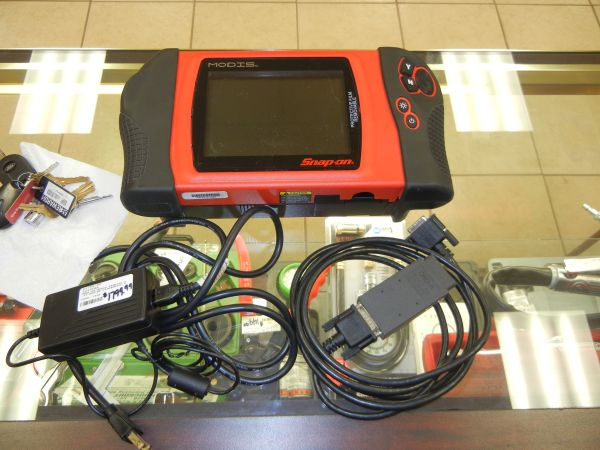 Snap On Modis EEMS300 Engine Diagnostic - $1800 (Waller, TX)