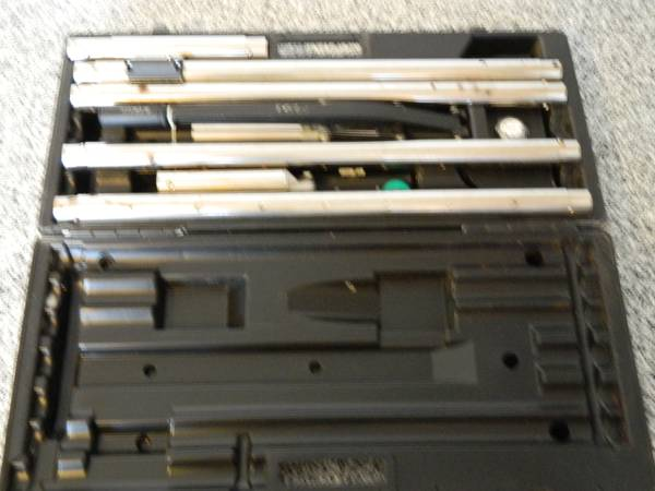 Crain 499 Double Case Stretcher - $225 (Sugar land)