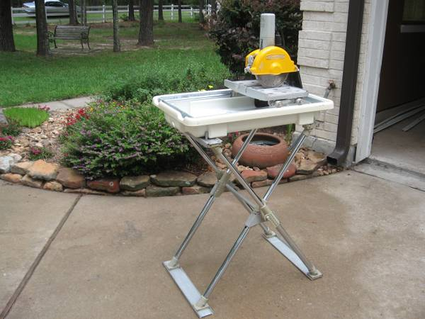 Workforce Tile Saw - $200 (WoodlandsConroe)
