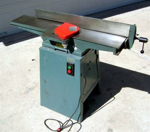 7 Jointer By Central Machinery - $300 (KatyBear Creek)