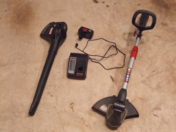 almost new craftsman cordless electric string trimmer and blower - $60 (sugar land)