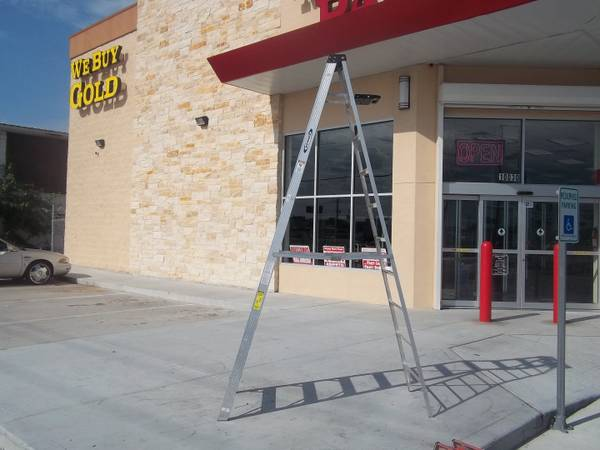 Werner 310 Heavy Duty 10 Ft Ladder - $100 (Houston (I-45 West Rd))