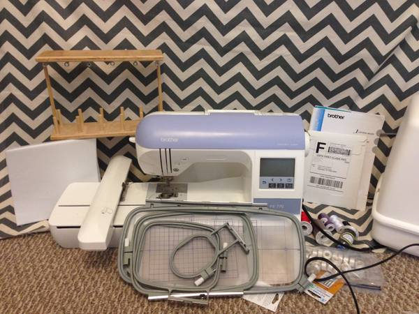 Embroidery Machine - Used Brother PE770 - $400 (Pearland)