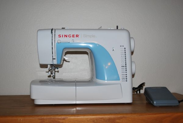 how to use a singer simple sewing machine