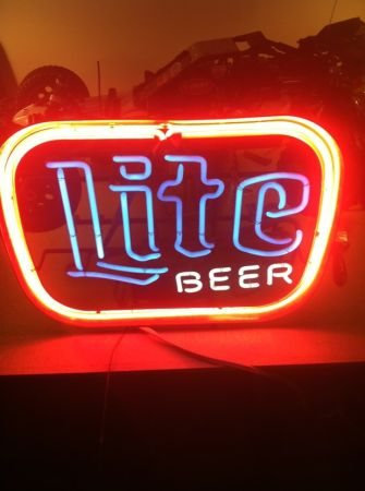 2 Neon signs, perfect for a man cave - $150 (Pearland)