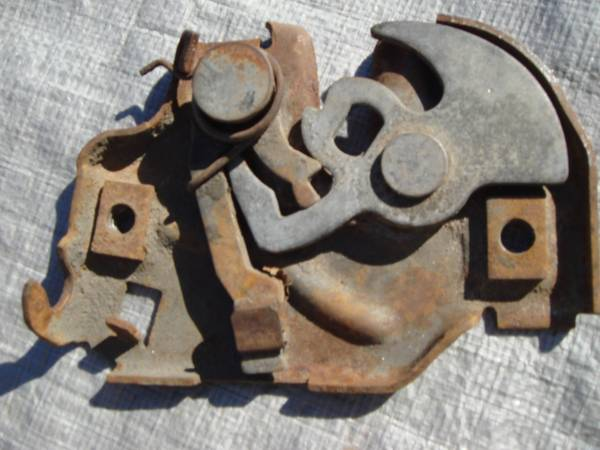 CHEVY 73 - 87 TRUCK PARTS (NORTH HOUSTON)