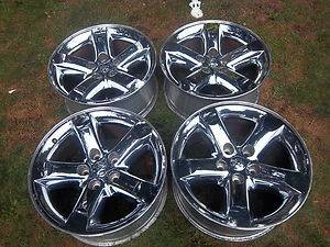 20 OEM Dodge Ram chrome rims - $700 (Houston, Tx.)