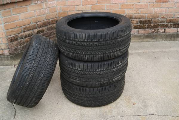 1 Set of 4 Goodyear Eagle RS-A 255 45 19 - $275 (Crosby)