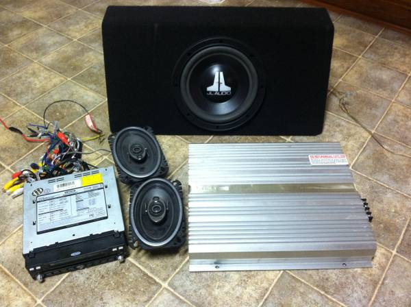 JL and Pioneer sub, Eclipse, Jensen Flip out screen package - $300 (Conroe)