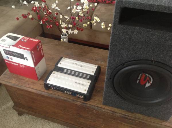 Car,  audio and subwoofer - $160 (Katy)