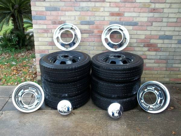 Dodge Dually wheels, tires and simulators - $600 (Cypress)