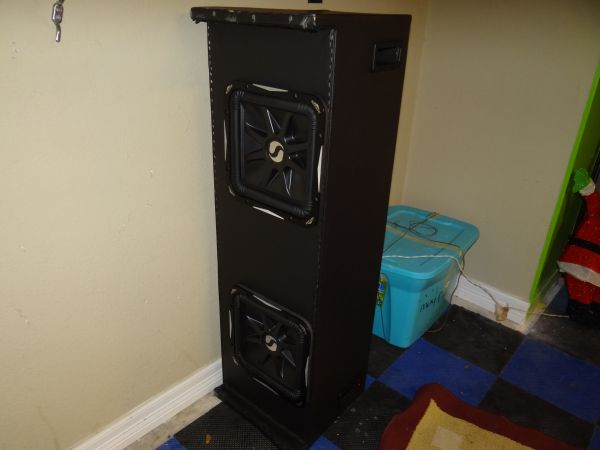 2 -SUBWOOFER KIKER L7CUSTOM BOX - $500 (KATY)
