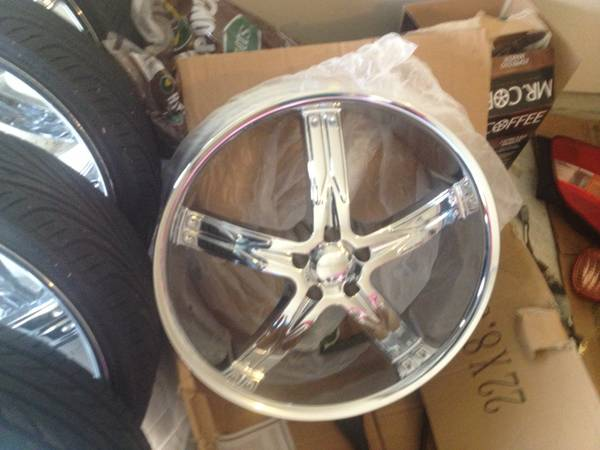 22 Rims For Sale 5x114.3 With Tires - $1275 (Katy, TX)