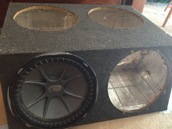 Subwoofer box for 4 15 inch subs - $60 (Willowbrook)