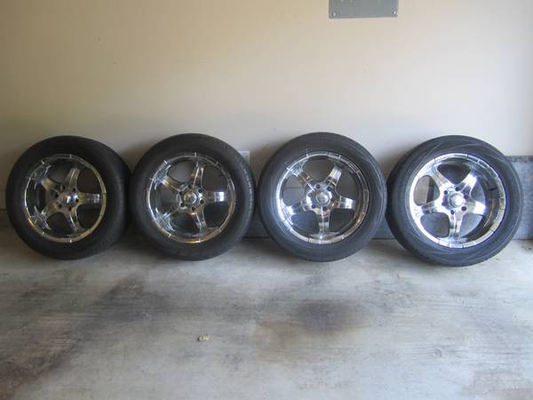 20 Chrome Wheels with tires - $700 (rice military)