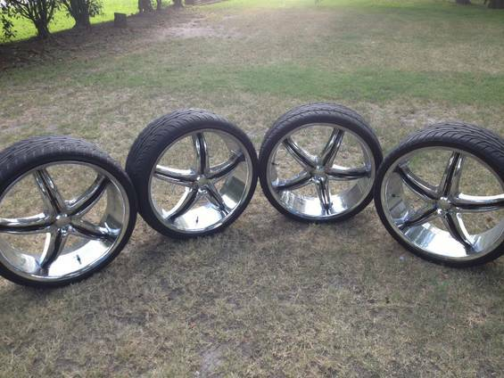 Viscera 22inch rims - $800 (beltway8the hardy north)