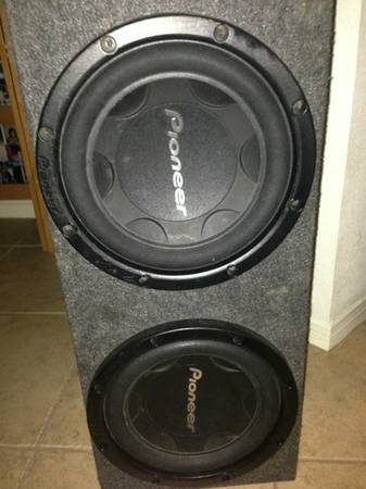 2 12 PIONEER SUBWOOFERS WITH NON PORTED BOX - $100 (SUGAR LAND)