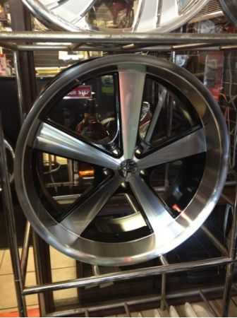 22 inch staggered wheels for sale