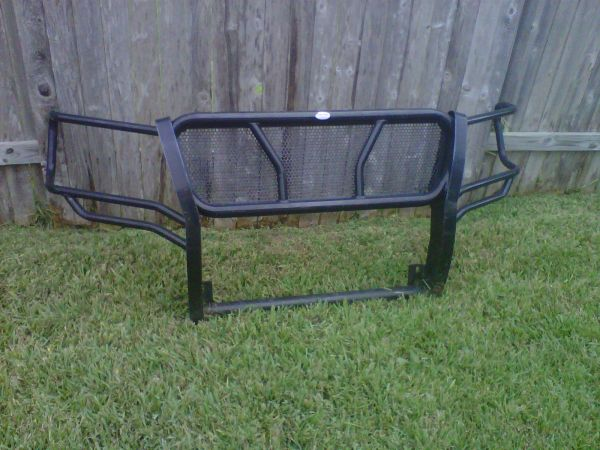 2007-2012 Chev Tahoe Avalanche Suburban Frontier Brush Guard LIKE NEW - $250 (Sugarland)