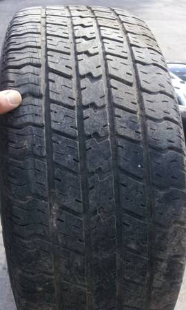 205 55 16 Used tire in good condition - $25 (North Houston FM1960)