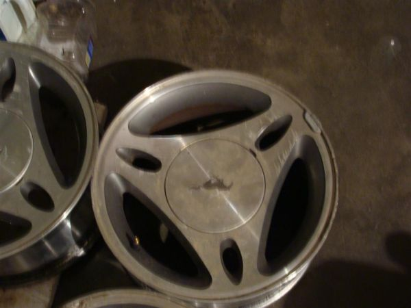 ford mustang pony wheels 15x7 5 lug - $80 (rosenberg)