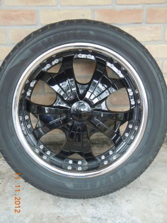 20 VAGARE LUXURY WHEELS with KUMHO TIRES - $500 (Spring TX)