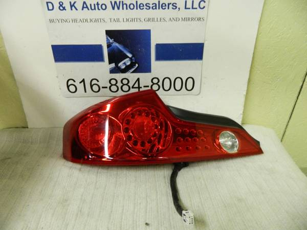 g35 tail lights tailights OEM  03-07  - $220 (the woodlands)