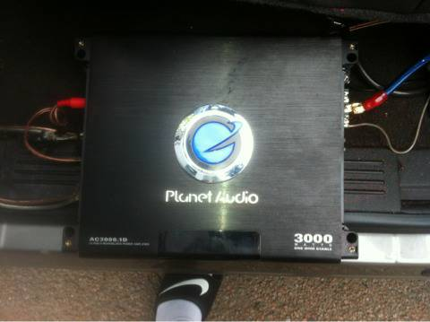 Planet audio 3000 watt - $200 (Baytown)