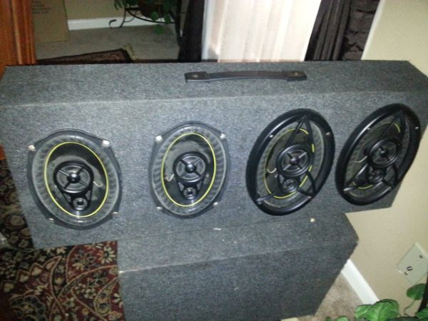 3000 watts planet audio 2 15s quantum audio and 4 6x9s kickers