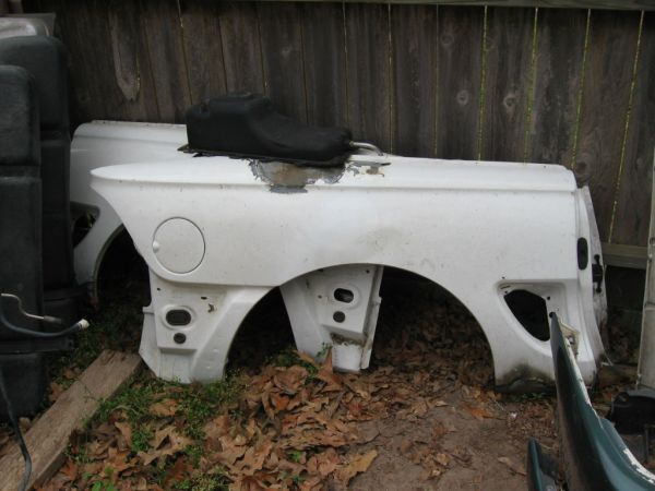 1994 to 1998 Mustang Convertible Pieces (Conroe)