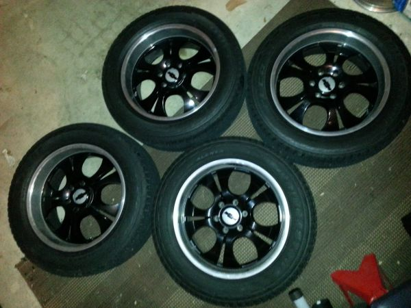 20 inch Black 6 lug Chevy rims and tires - $600 (Humble, tx)